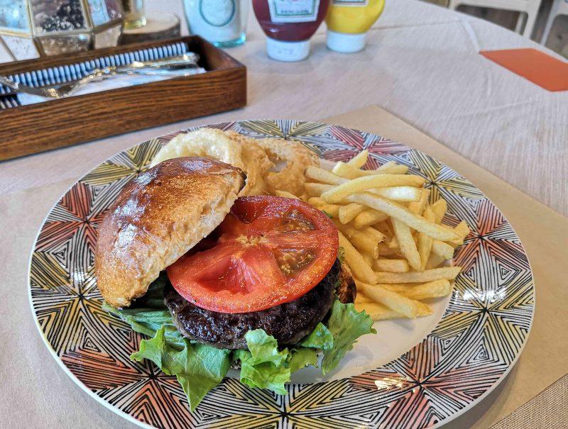 プリムローズガーデングランピングテラスハンバーガー