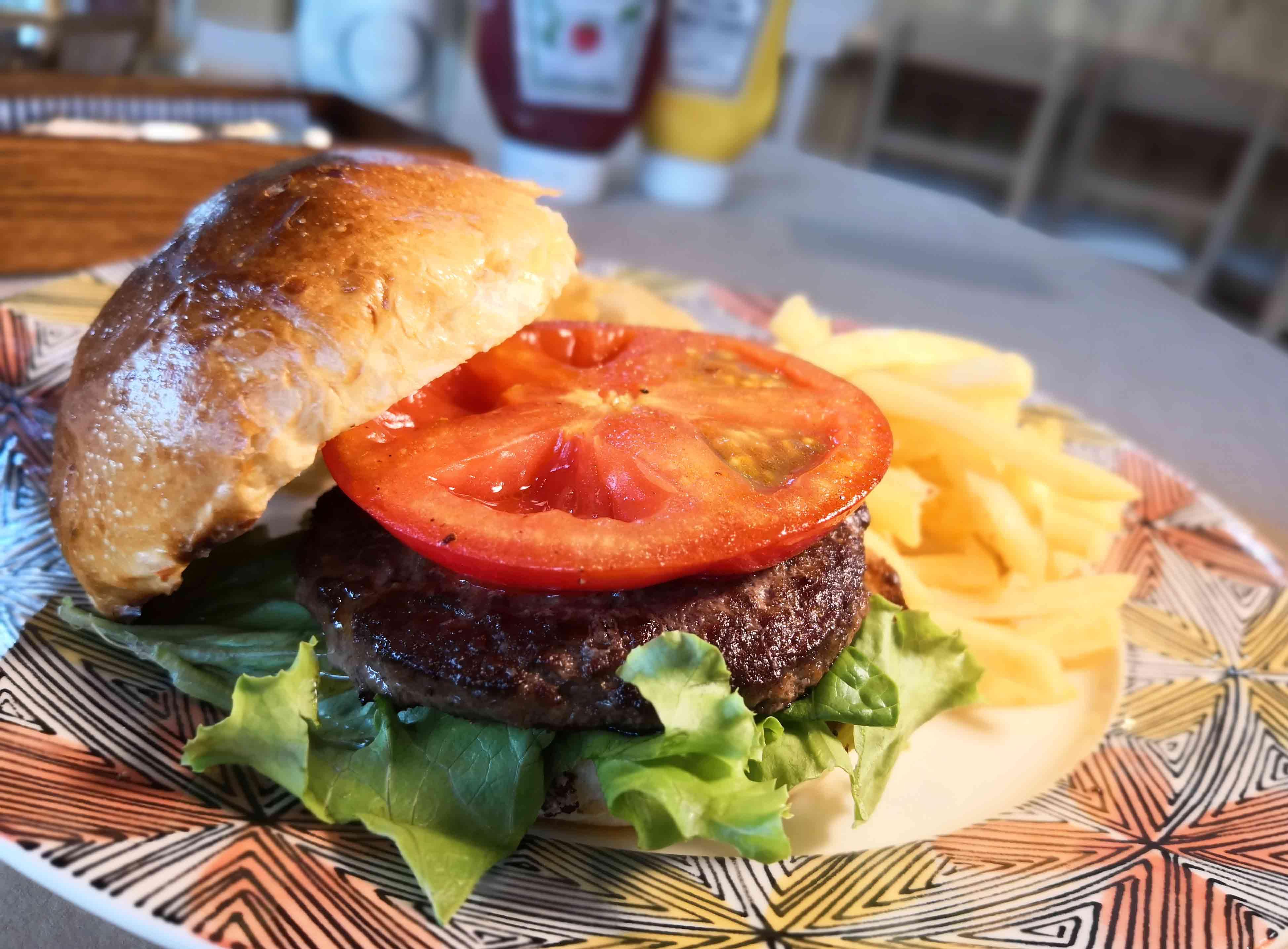 プリムローズガーデングランピングテラスハンバーガー2