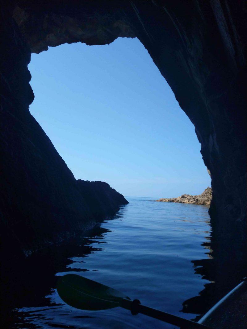 浦富海岸の洞窟